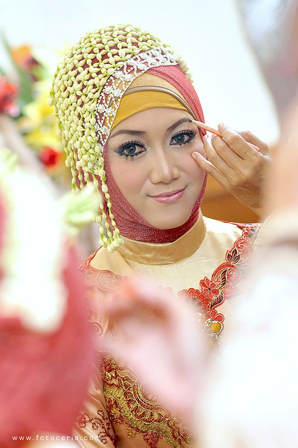Cantik ^^ .  Phone  WhatsApp: 0857 0111 1819 . YM  email: foto.ceria@yahoo.com . PIN BB: 2 5 B 3 E 6 8 7 . Facebook: Foto Ceria . LINE  Instagram: fotoceria . Twitter: @fotoceria . Website: www.fotoceria.com  . fotoceria prewedding couple wedding pernikahan perkawinan menikah pengantin foto fotografer weddingphotographer Purwokerto Yogyakarta Jogja love happy romantic smile ceria makeup muslim jilbab hijab cantik CeriaLovers SharePict