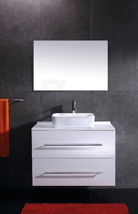 € 499,- Saniclear Uno Badmeubel - Hoogglans wit - 1 kraangat - 90cm (B) - 50cm (D)  Wat vroeger heel normaal was, komt vandaag de dag steeds meer terug. De serie Uno is een meubel voorzien van twee softclose lades. Op het meubel staat een opzetkom van keramiek. Achter de kom wordt een verhoogde wastafelkraan geplaatst.   #badkamer #meubel #waskom #vroeger #wit #design