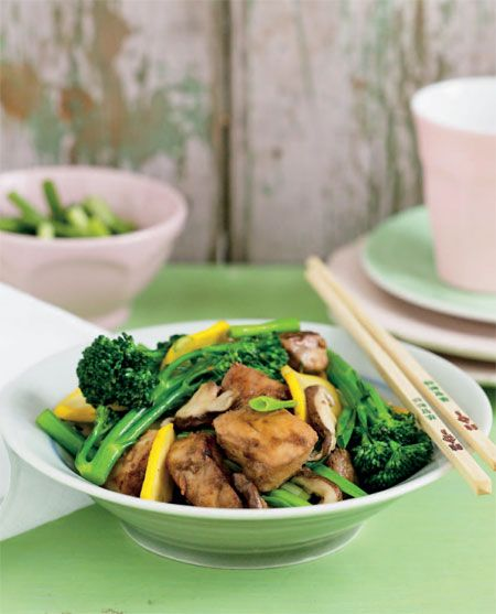 Stir Fried Snapper With Shallots Broccolini And Shiitake Mushrooms: Crunch Time Cookbook: 100 Knockout Recipes For Rapid Weight Loss | Penguin Books Australia