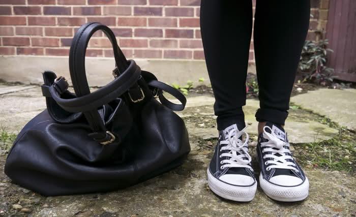 BeautyCrush's handbag and Converse ♥