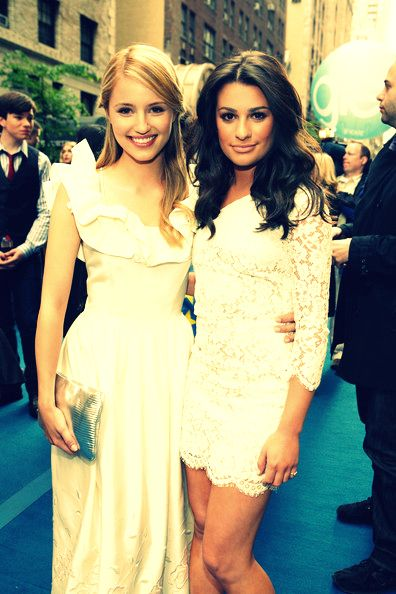 "Dianna Agron & Lea Michele... Oh but ""Lea hates her"""