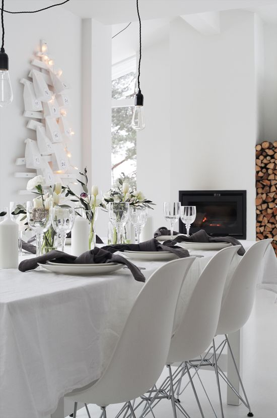 Jeg liker å dekke bord til både små og store anledninger, og jeg liker å gjøre det enkelt -men...