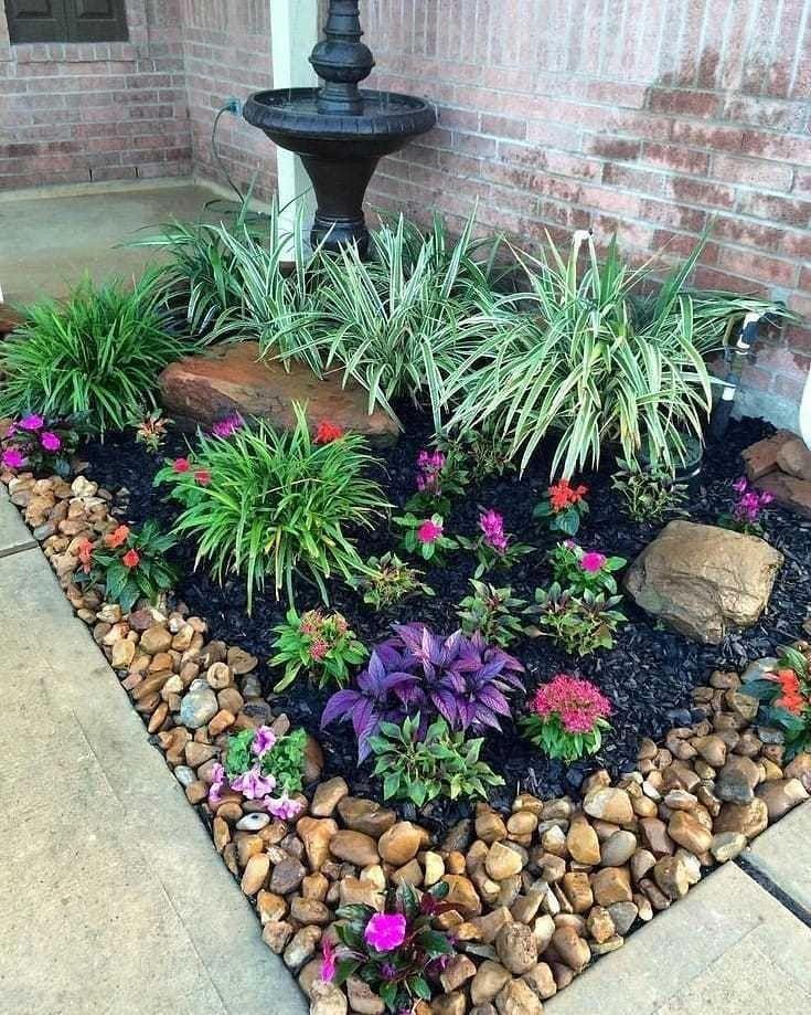Ogorod Dacha On Instagram Ocharovatelnaya Klumba Rock Garden Landscaping Front Yard Garden Backyard Landscaping Designs