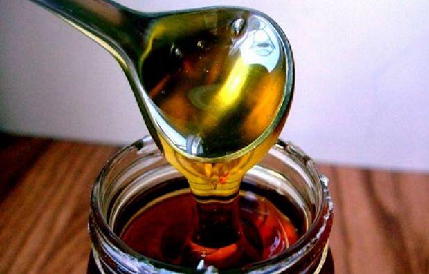 Сироп Коричневого Риса - густой, желтого цвета с мягким вкусом и нежным ароматом - он в 2 раза менее сладкий по сравнению с сахаром.