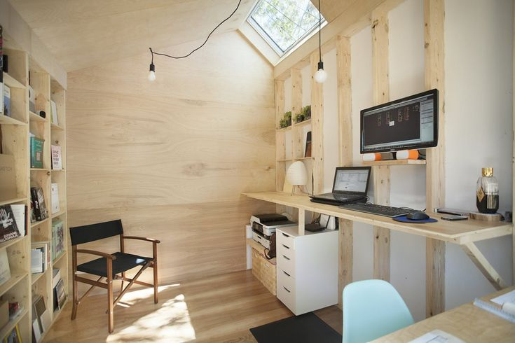 This Architect's Tiny Studio Is the Ultimate Backyard Workspace - Photo 3 of 9 -