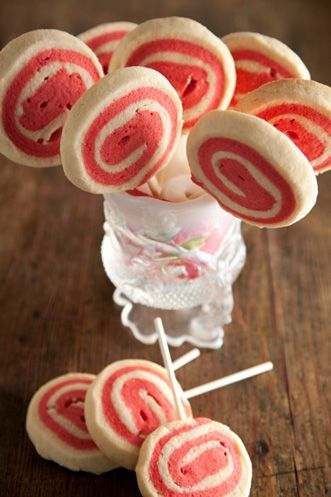 Holiday Sweets — Peppermint Pinwheels. Pauladeen.com