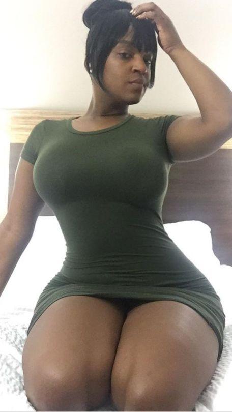 ebony thick thigh girls na