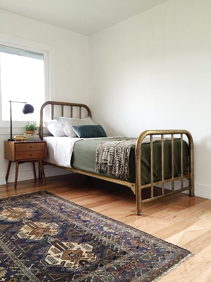 Sources - for new and used furniture buying and selling Craig'slist,etsy,eBay,Everthing but the House, nextdoor. How to Decorate On A Budget - Hither & Thither
