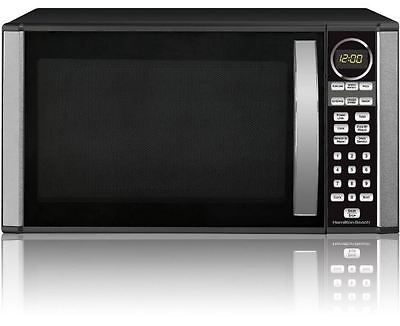 Featuring a sharp design in stainless steel, this microwave oven fits your modern kitchen and offers a variety of menu choices to complete your cooking tastes and style.  Hamilton Beach 1.3-cu. ft. Microwave Oven, Black: 1.3 cu ft 1000 watts power/10 power levels Touch pad control Convenience cooking controls Child lock Cooking complete reminder 6 auto-cooking menus Weight defrost, speed defrost LED display, kitchen timer Color: black Handle