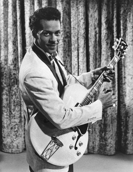 The Rock and Roll Hall of Fame Inductees, 1986 - 2014 Pictures - Chuck Berry 1986 Inductee | Rolling Stone