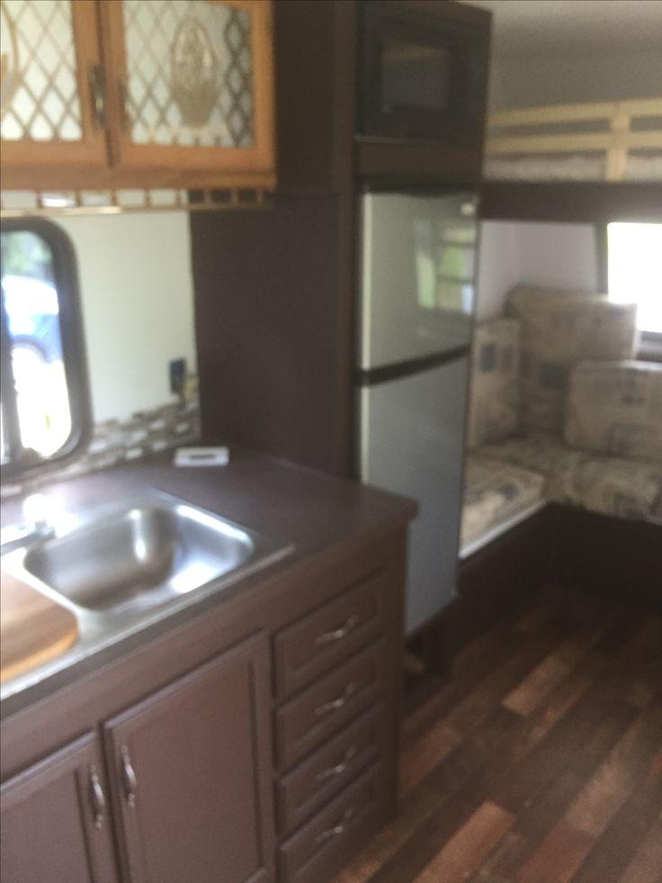 ber ideen zu wohnwagen renovieren auf pinterest wohnwagen dethleffs und wohnmobile. Black Bedroom Furniture Sets. Home Design Ideas
