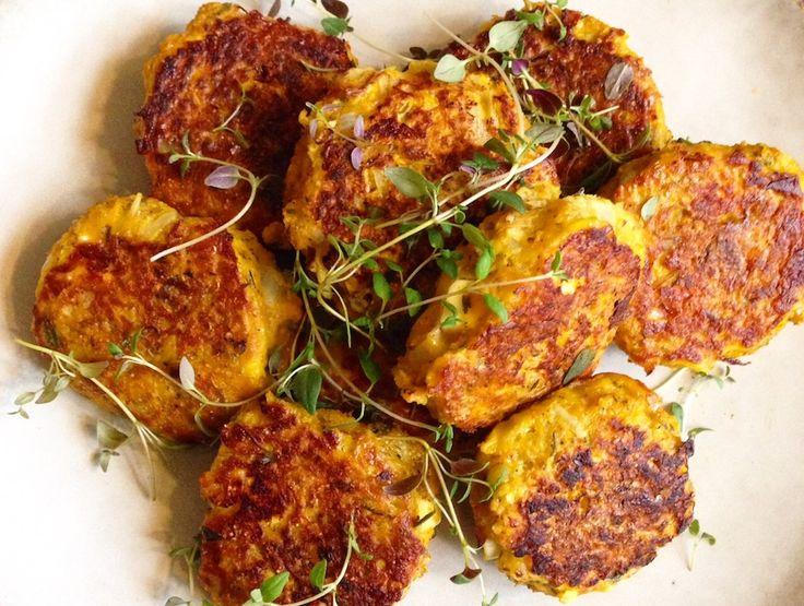Så er det græskarsæson! Prøv disse lækre vegetariske græskarfrikadeller som er fulde af smag! Velbekomme :)