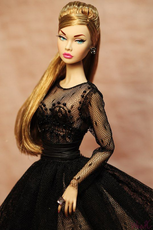 DOLL CITY Barbie Poppy Parker Fashion Royalty                                                                                                                                                                                 More