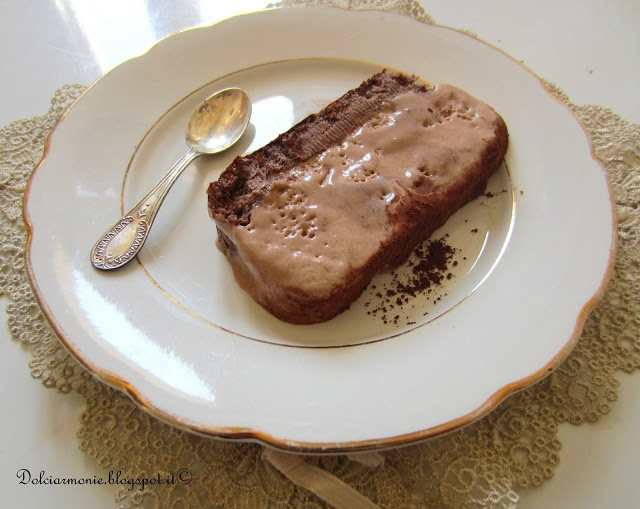Semifreddo alla crema di nocciole e pan di spagna