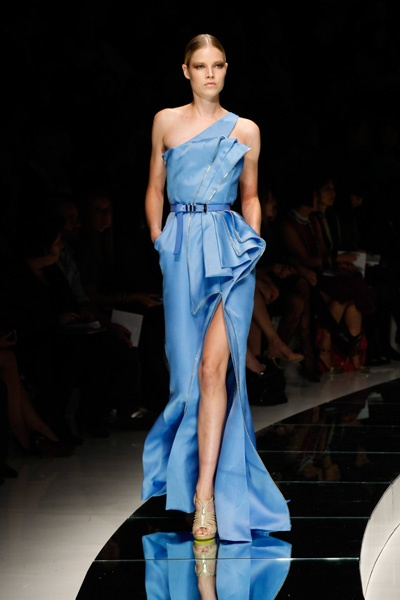 Versace Catwalk Fashion Show SS09