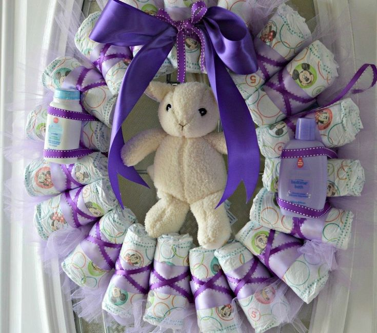 DIY Diaper Wreath Tutorial http://www.hometalk.com/14862901/diy-diaper-wreath-tutorial?se=fol_new-20160328-1&utm_medium=email&utm_source=fol_new&date=20160328&slg=f920580fd69ba7042844a1e213a6719d-1576243