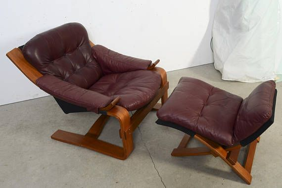 Leather Lounge Chair Bentwood Very Comfortable Nice Sculptural Form Scandinavian Design Made By Scanform In Columbia Sc Lounge Chair Chair Eames Lounge Chair