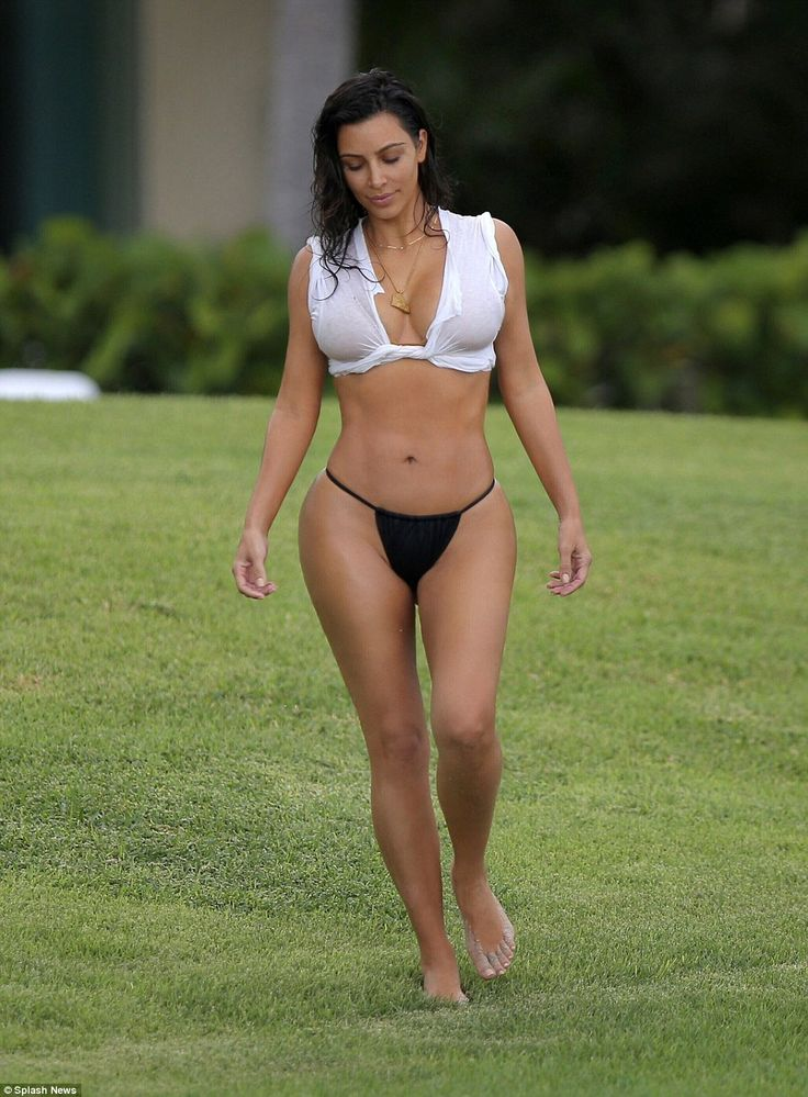 A 10 in any country! Also during her stay in Mexico Kim modeled a torn white T-shirt that resembled a bikini top and which also managed to cover up her assets more skillfully