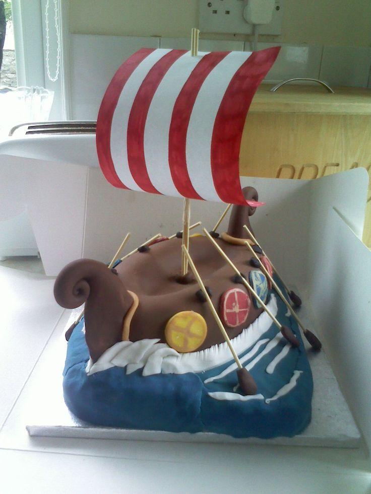 long ship cake