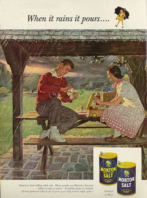 I want to purposely plan a picnic on a rainy day after seeing this lovely advertisement! Morton Salt, 1953
