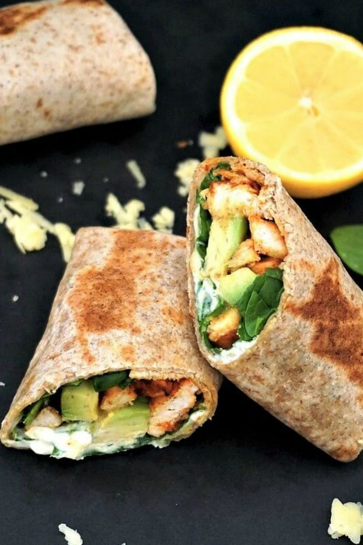 Healthy Grilled Chicken Avocado Wrap With Spinach Sour Cream And Wholemeal Tortilla Wraps A Quic Chicken Avocado Wrap Avocado Wrap Chicken Avocado