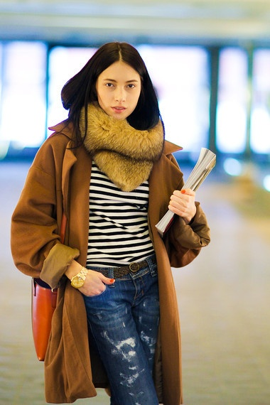 stripes, worn denim, oversized coat. perfect travel outfit.