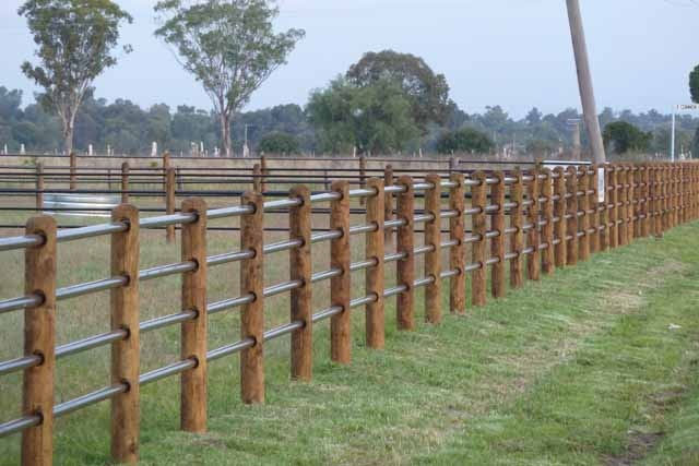 Best 25 Horse Fence Ideas On Pinterest Pasture Fencing