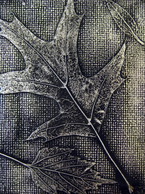 Tutorial doing inexpensive Leaf Relief--cardboard, leaves, aluminum foil, black spray paint, and steel wool.