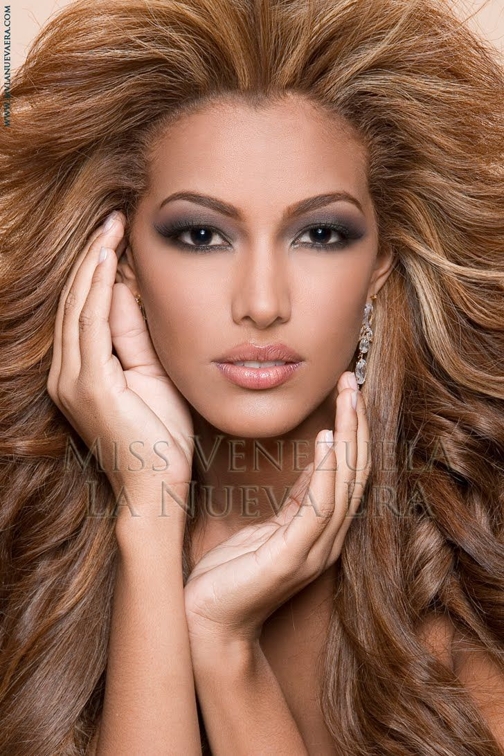 best images about venezuela people models ana elizabeth mosquera goacutemez born is a model and venezuelan beauty pageant titleholder who was crowned miss international