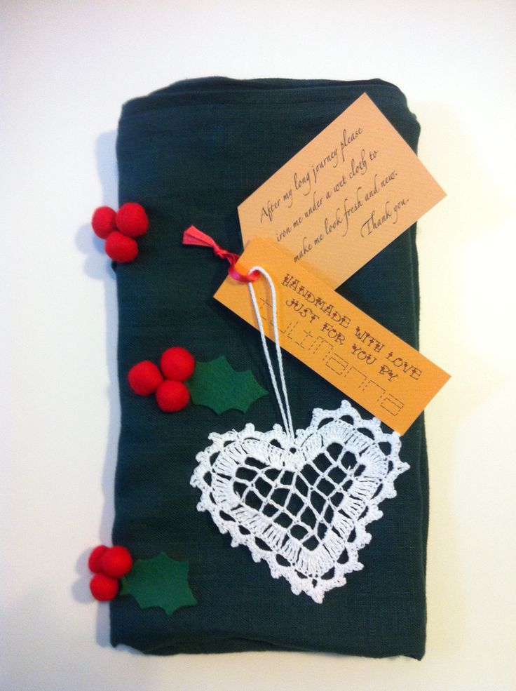 Christmas gift package - tuliManna pillow with crocheted heart decoration, all handmade www.etsy.com/shop/tulimanna