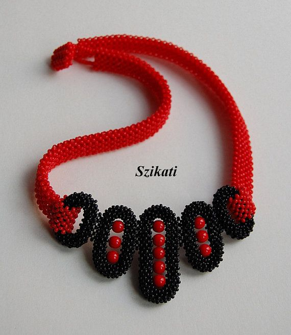 FREE SHIPPING Red/Black Seed Bead Bib Necklace by Szikati on Etsy