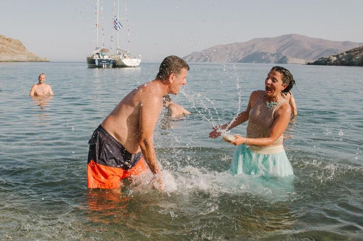 salty beach wedding on Kythnos | lafete
