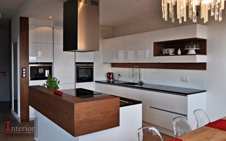 Meble kuchenne , biały połysk , orzech amerykański www meble interior pl  In   -> Kuchnia Orzech Amerykanski Cena
