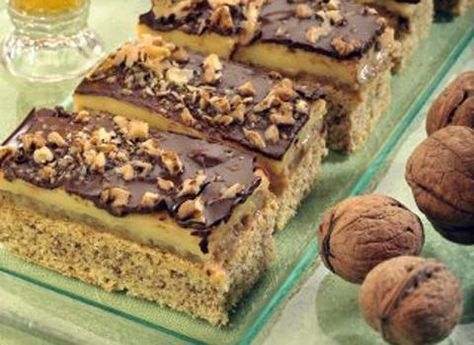Tento skvělý dezert by neměl scházet na žádné svátečně prostřené tabuli. Připravte ho dostatek, on totiž ze stolu mizí okamžitě.