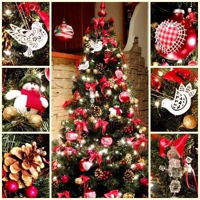 Choinka wspomnieniowa  Autor: Krzysztof Niżygorocki  #QSQ #Christmas #tree #ornament #inspiration #idea #decor #red #green #spruce #natural #memories #toys