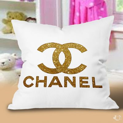 pinterest'teki 25'den fazla en iyi chanel bedding fikri | chanel