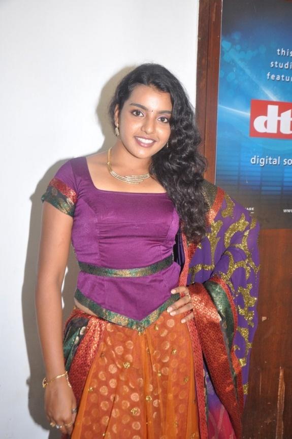 78 Images About Super Auntys On Pinterest  Saree, Telugu