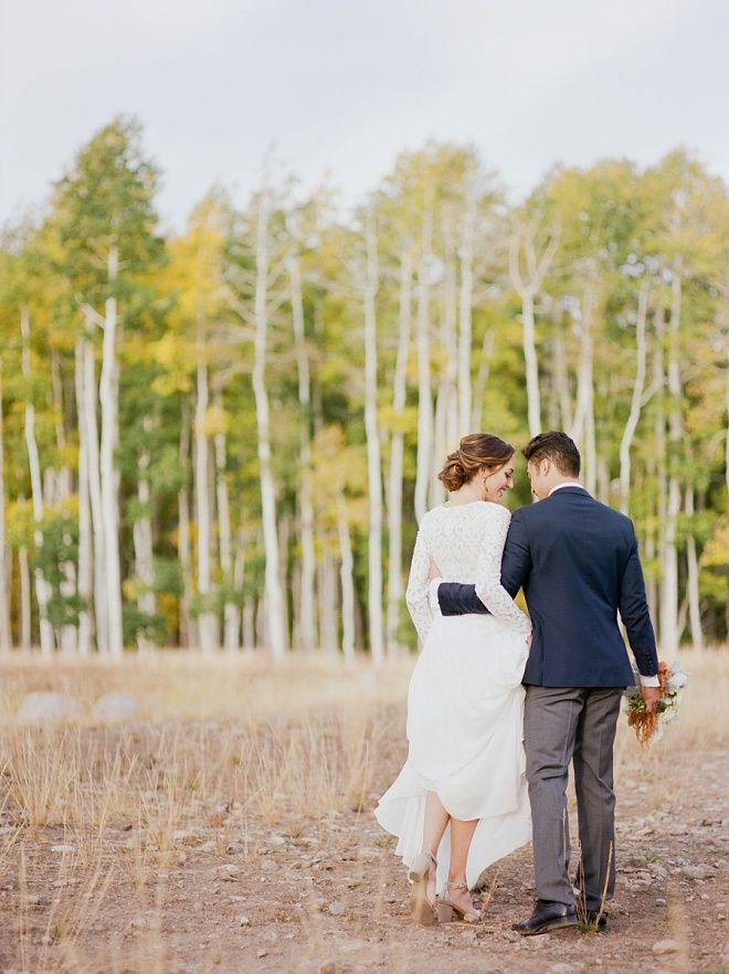bbfc586c2 We re swooning over this sophisticated styled outdoor wedding at Wolf Creek  Ranch!