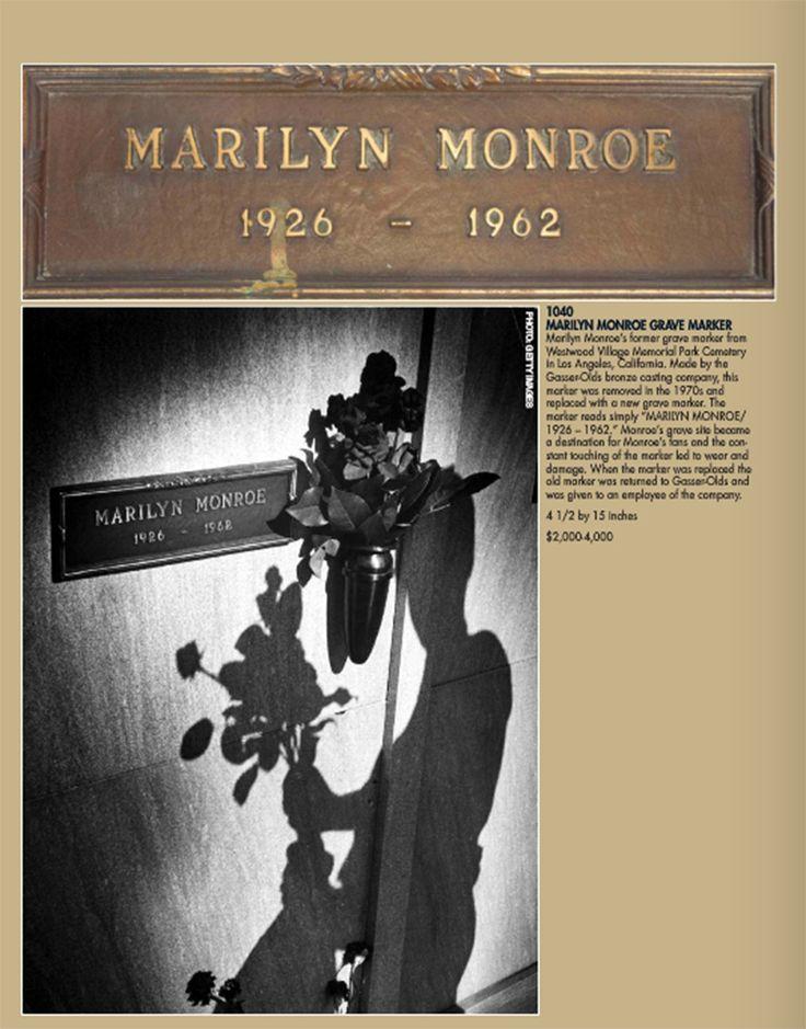 Marilyn Monroe: la targa della lapide finisce all'asta - Memorabilia al quanto strano da collezionare. E' stata venduta all'asta la targa della lapide di Marilyn Monroe. - Read full story here: http://www.fashiontimes.it/2015/07/marilyn-monroe-la-targa-della-lapide-finisce-allasta/