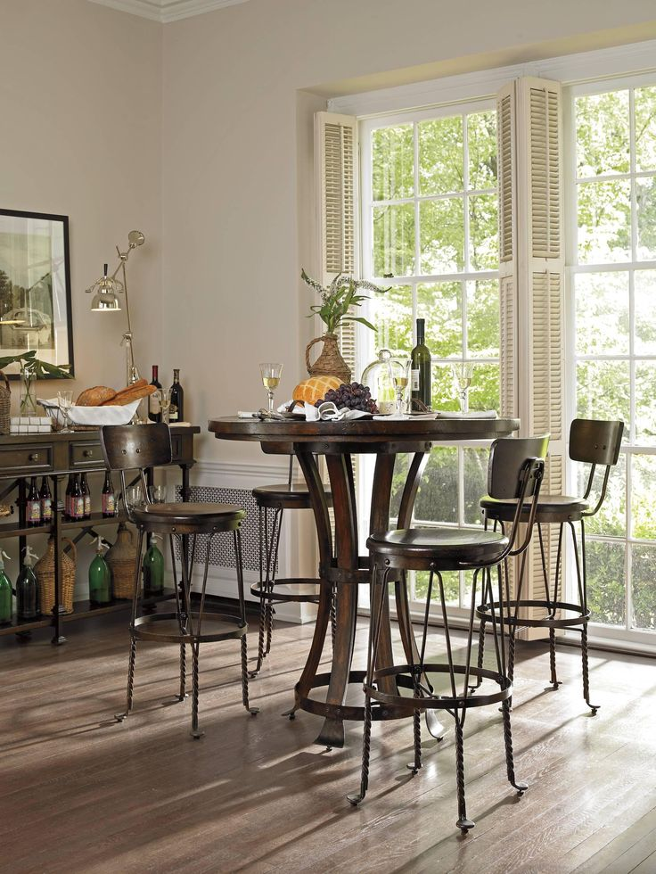 1000 Ideas About Casual Dining Rooms On Pinterest