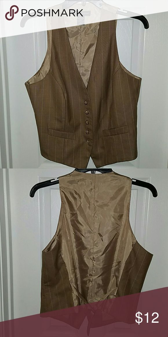 New York and Company Brown Vest New York and Company Brown Vest *Shell: 98% polyester, 2% Rayon *Lining: 100% polyester New York & Company Jackets & Coats Vests