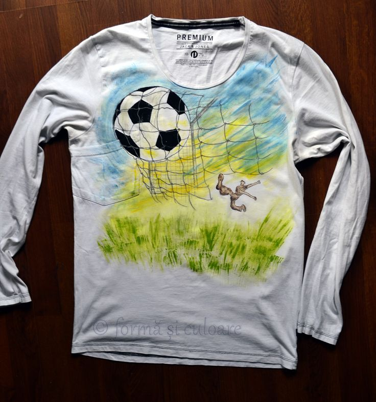 For a fanatic sportive, a charming men and a white t shirt, this is the experience  of wining a game. Game after game. Hand painted  t-shirt with fabric water resistant paint. You can wash it in the washing machine at max 40 degree delicate circle or by hand. Iron medium inside out.