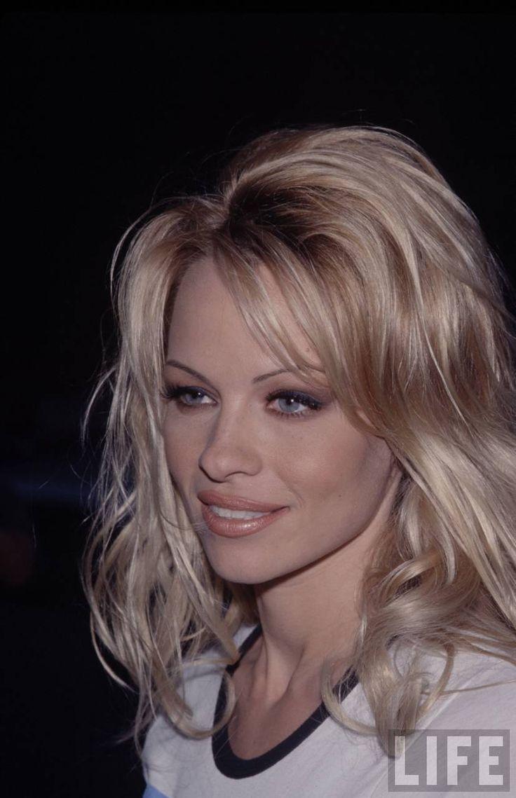 pamela anderson young - Szukaj w Google | Pamela Anderson ... Pamela Anderson