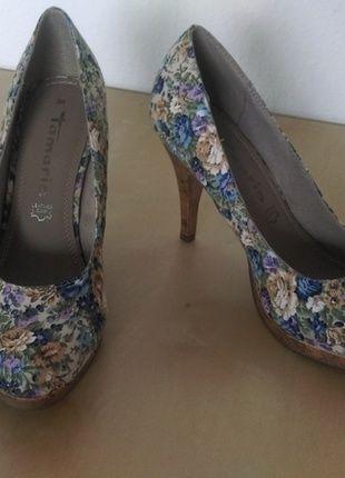 Kaufe meinen Artikel bei #Kleiderkreisel http://www.kleiderkreisel.de/damenschuhe/hohe-schuhe/128887804-tamaris-pumps-blumchen-blau-blumen-neu-grosse-38
