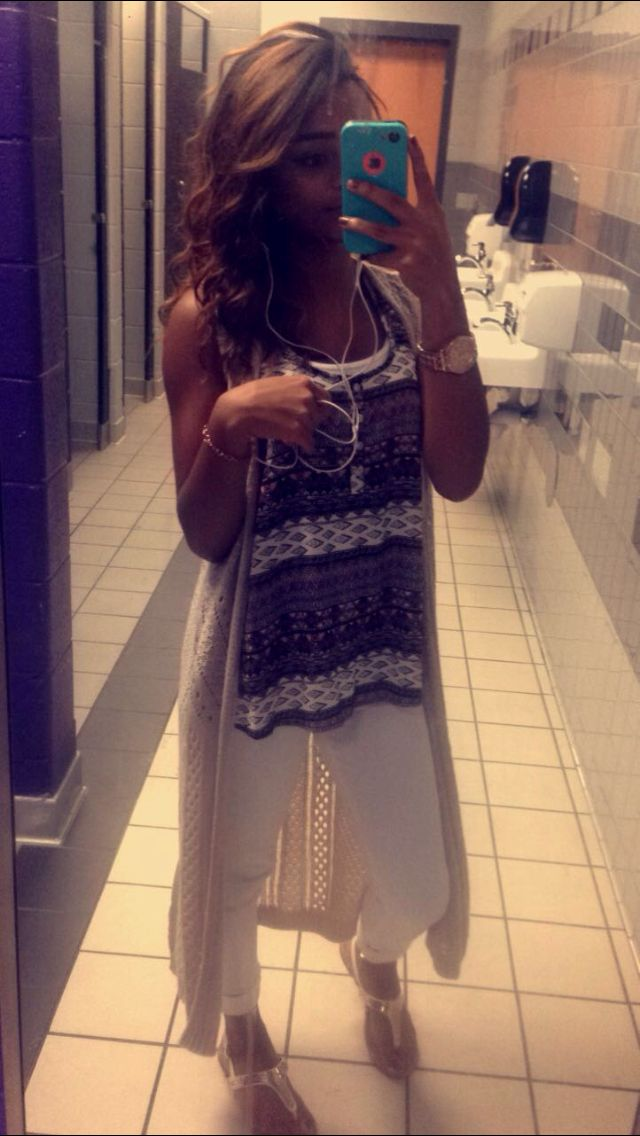 Picture day outfit 💗