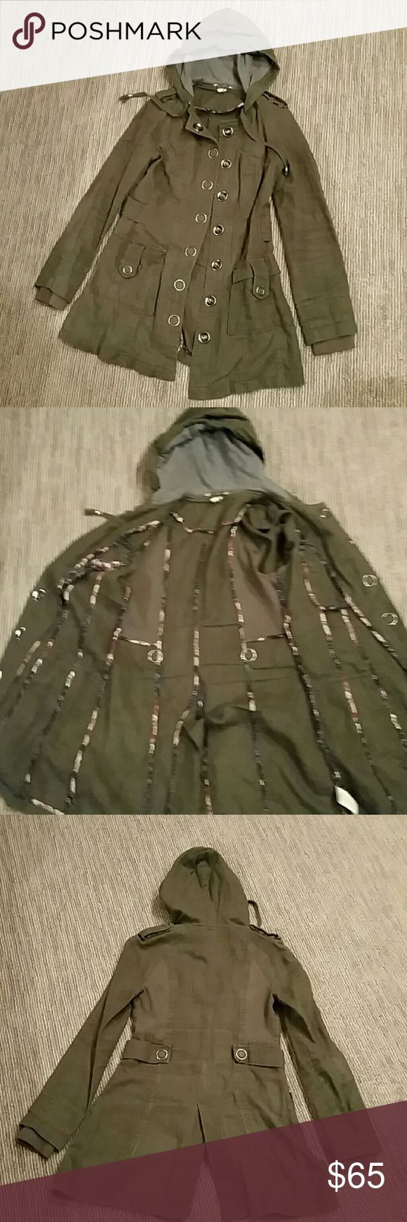 Free people utility jacket Women's Free People utility jacket | size 6 | moss green| excellent condition | see last photo for fabric content Free People Jackets & Coats