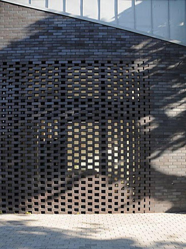 beautiful see-through stacking of bricks, Samrode Building