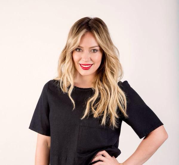 Hilary Duff love her hair color