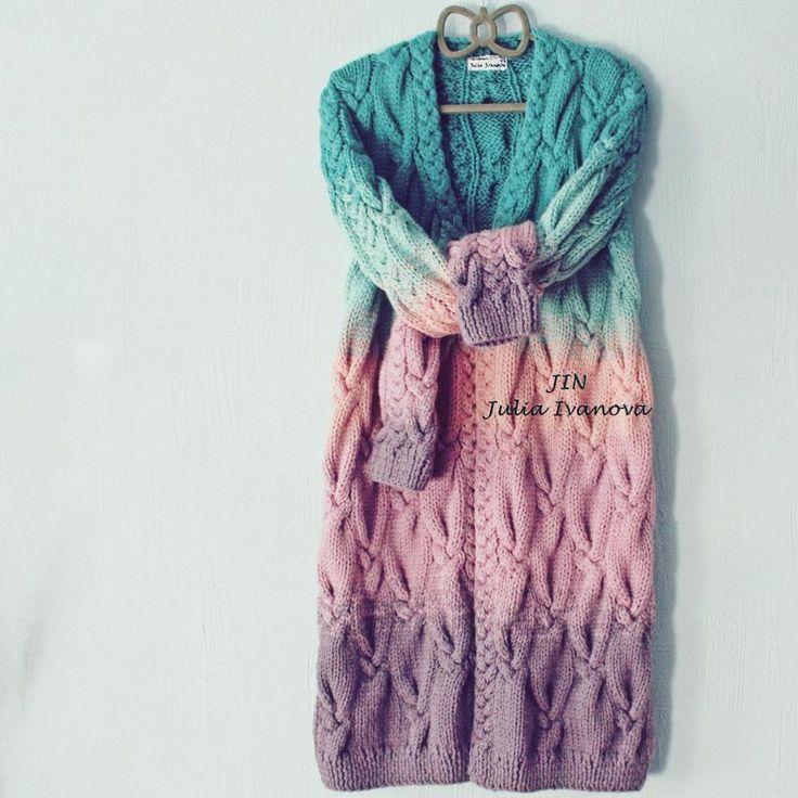 Заказы на подобные #кардиганы принимаю в вотсап/директ/контакт  В наличии именно такого сейчас нет ❌ _______________________________ #HandmadeJIN #handknit #knitting  #питер #одежда  #купить #комплект #шапка  #кардиган  #шарф #снуд #скидки #распродажа  #вналичии #градиент #подарок #ручнаяработа  #вязание #sale  #вязаниеспицами  #оверсайз #кардиганы  #платье #варежки #свитер #аксессуары #зима  #подарок