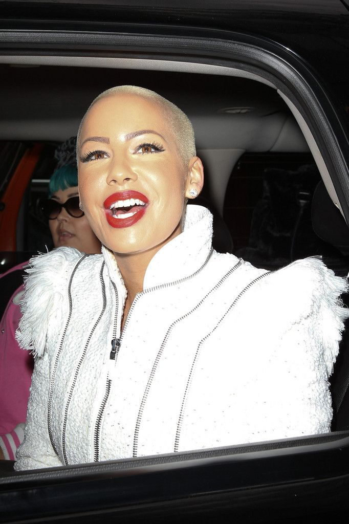 Charming Amber Rose ...Modish Dame... In 2011, Amber Rose was a guest judge on Season 3 of RuPaul's Drag Race.